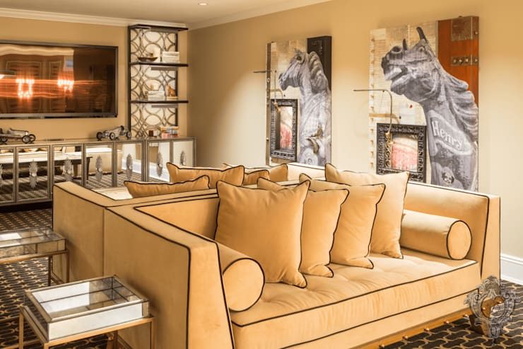 Entertainment Room:  Media room by Kellie Burke Interiors