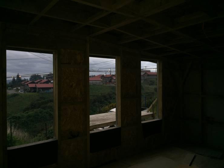 Volumetria interior:  de estilo  por GerSS Arquitectos