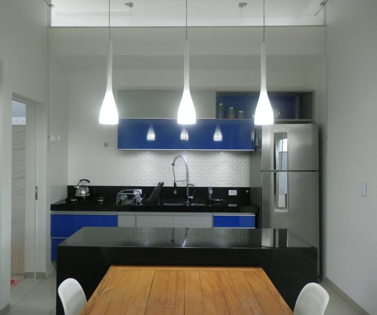Cocina de estilo  por D' Freitas Arquitetura