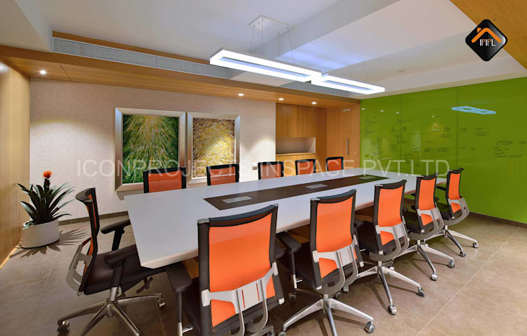 Conference Room:  Commercial Spaces by ICON PROJECTS INSPACE PVT.LTD