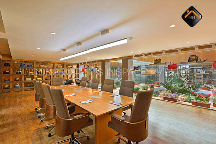 Meeting Room:  Commercial Spaces by ICON PROJECTS INSPACE PVT.LTD