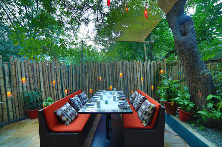 Ariba hauz khas:  Garden by Total Interiors Solutions Pvt. ltd.
