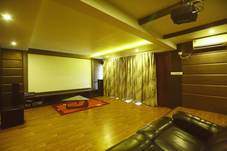 Home Theatre Area: modern Media room by Space Trend