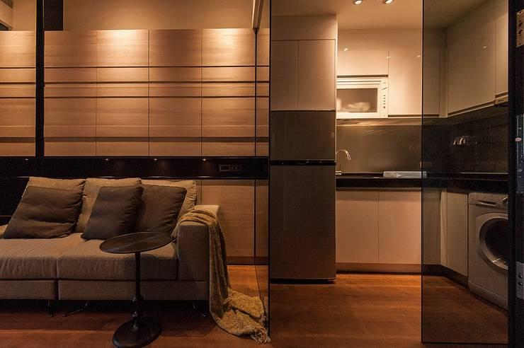 溫潤:  廚房 by 沐駿室內設計有限公司