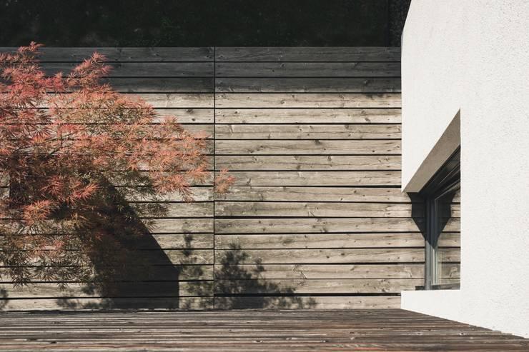 Casa SG: Case in stile  di Studio Ecoarch
