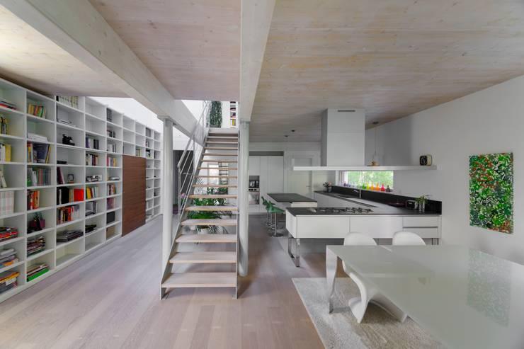 Casa SG: Cucina in stile  di Studio Ecoarch