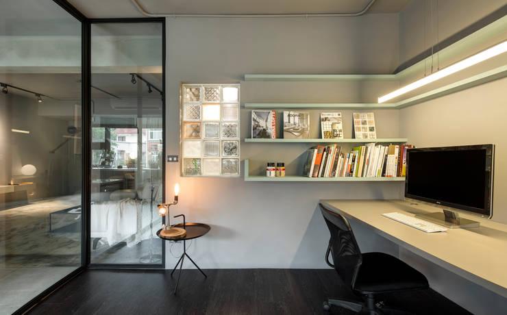 مكتب عمل أو دراسة تنفيذ 磨設計