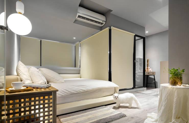 米色的溫柔主臥室:  臥室 by 磨設計