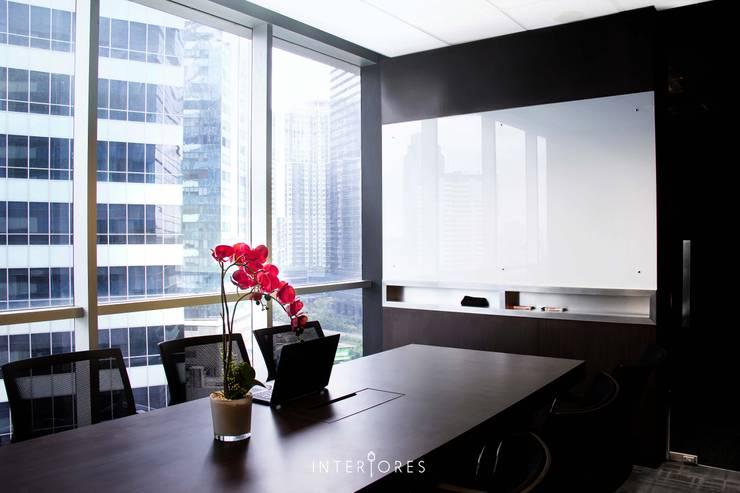 Freeplus – Indonesia Representative Office:  Kantor & toko by INTERIORES - Interior Consultant & Build