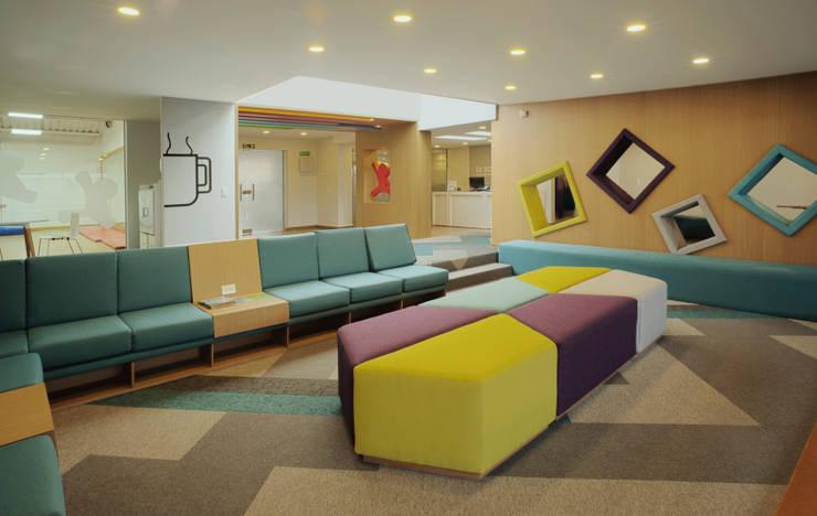 غرفة المعيشة تنفيذ MDV Arquitectura