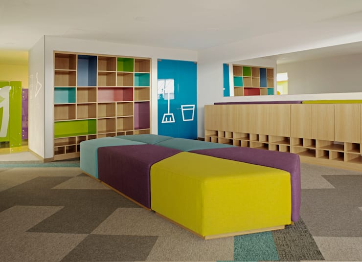 CHANGING ROOM Gimnasios de estilo moderno de MDV Arquitectura Moderno