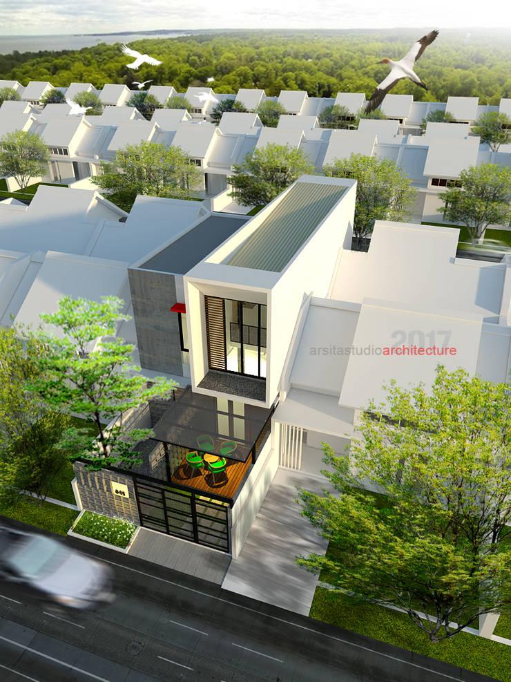 Tampak Atas Belakang Rumah Bermuka Dua:  Rumah tinggal  by ARSITA STUDIO architecture