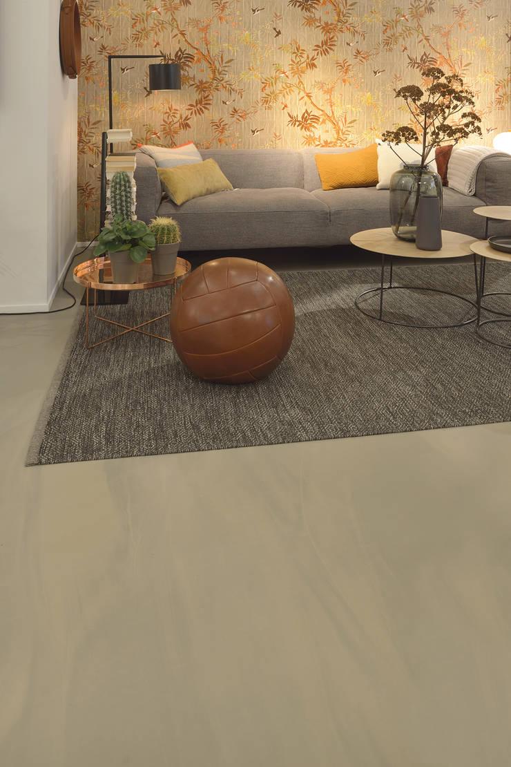 Salones de estilo moderno de Ode aan de Vloer Moderno Plástico