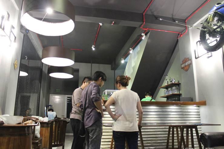 Tripple Jack Cafe:  Restoran by Manggala