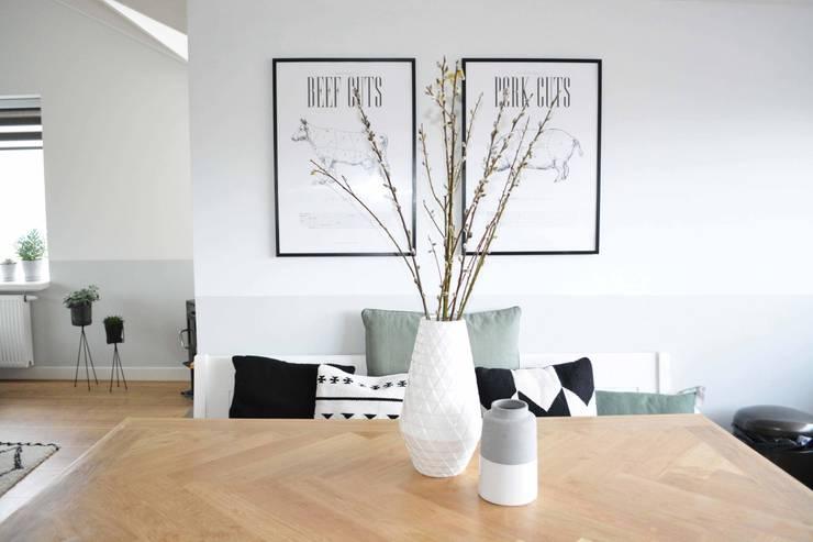 Appartement Katwijk :  Eetkamer door CM Interieurarchitect, Scandinavisch Hout Hout