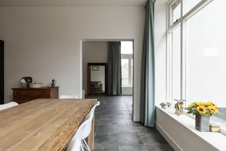 Eetkamer door Finbarr McComb Architect