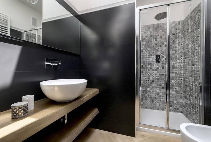 Bathroom by Daniela Nori