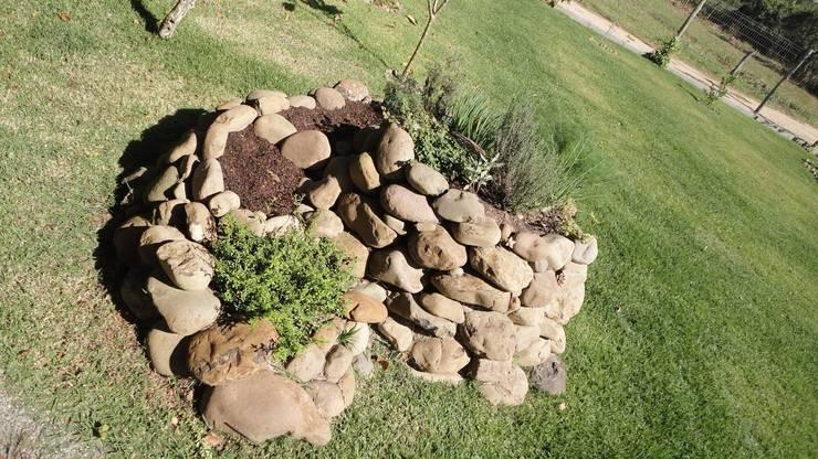 Rock Garden by A+R  arquitetura
