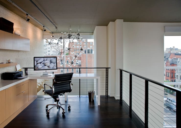 Penthouse at The Metropole: modern Study/office by FORMA Design Inc.
