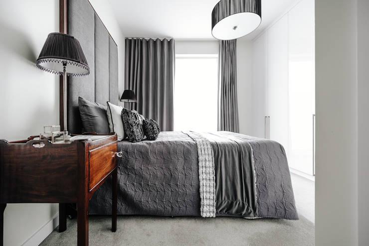 Master Bedroom:  Bedroom by Katie Malik Interiors