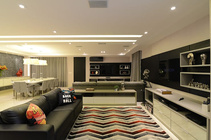 Living room by Intetto Arquitetura e Interiores