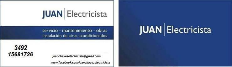 JUAN ELECTRICISTA: Oficinas y locales comerciales de estilo  por JUAN ELECTRICISTA