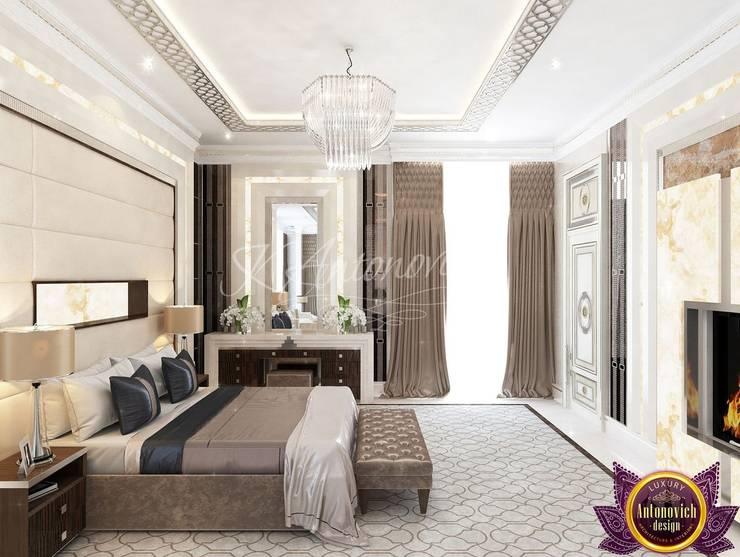   Modern bedroom design of Katrina Antonovich:  Bedroom by Luxury Antonovich Design