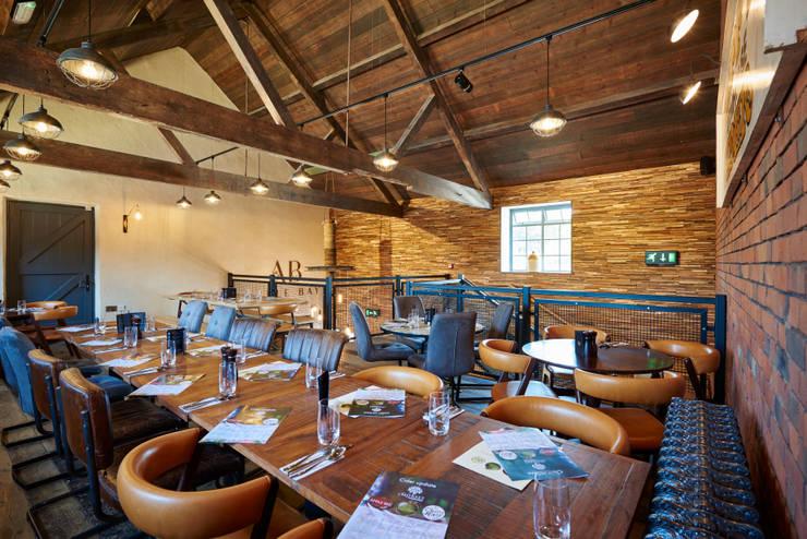 Restaurantes de estilo  por Barc Architects, Rústico Madera Acabado en madera
