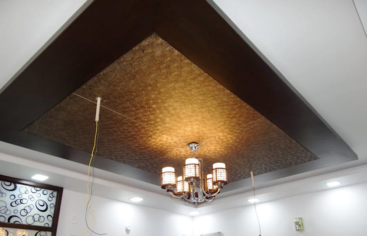 Residential House 3BHK -1600 SQFT:  Interior landscaping by AMIGOS INTERIORS