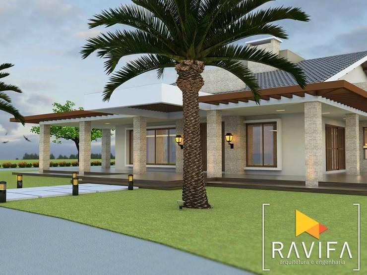 Projeto Arquitetônico - Casa de Campo: Casas familiares  por Ravifa - Arquitetura, Interiores e Engenharia,Campestre