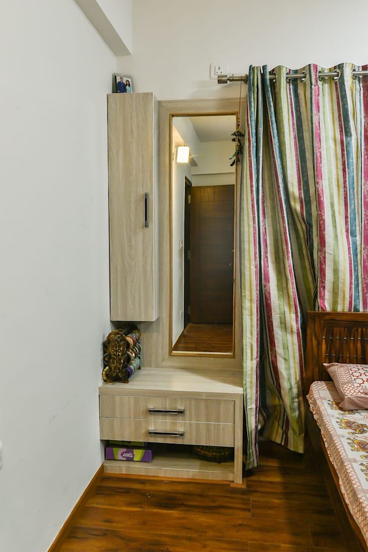 Gloryfields Apartment—Bangalore:  Bedroom by Wenzelsmith Interior Design Pvt Ltd,Classic