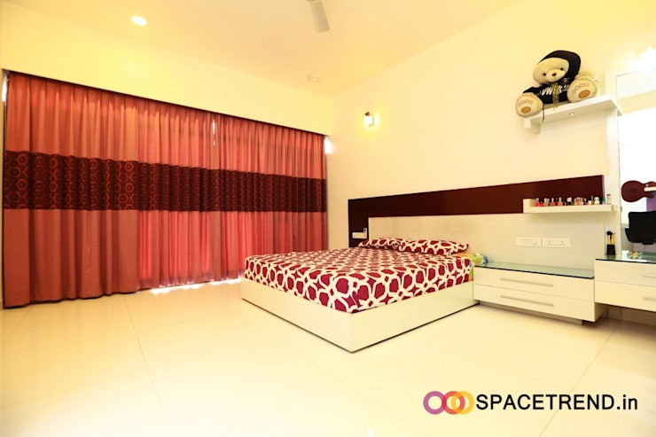 Residence at Harlur Road:  Bedroom by Space Trend,Modern