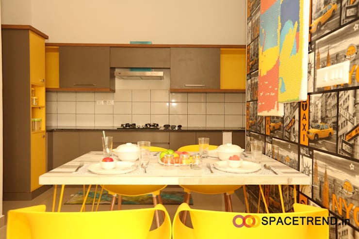 2BHK Flat : eclectic Kitchen by Space Trend