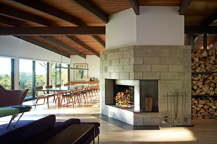 Paradise Lane, Litchfield County, CT:  Living room by BILLINKOFF ARCHITECTURE PLLC