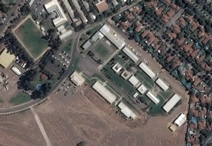 Pabellon Apoyo a la Fuerza _ Ejercito de Chile _2008:  de estilo  por XS Arquitectura
