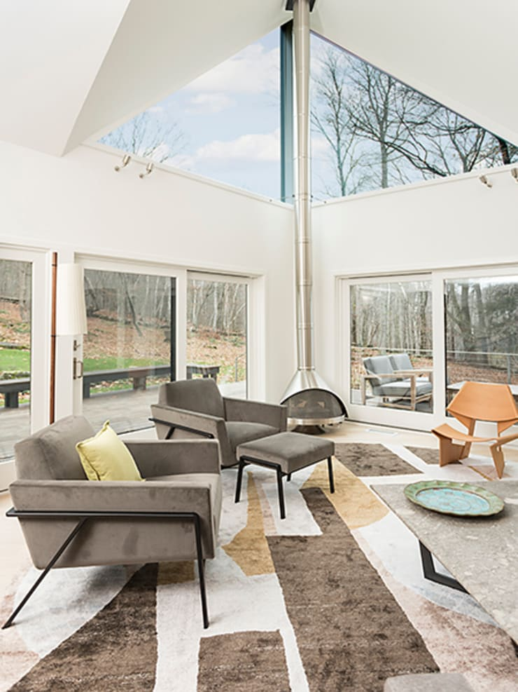 Dutchess County Residence, Amenia, NY:  Living room by BILLINKOFF ARCHITECTURE PLLC