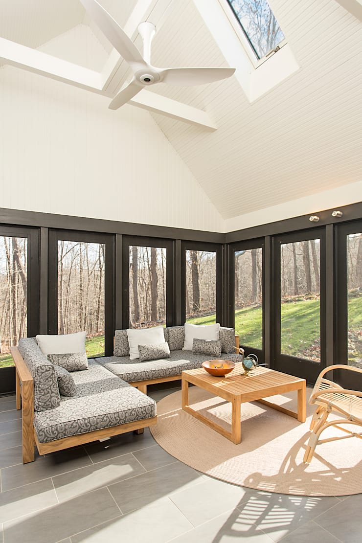 Dutchess County Residence, Amenia, NY:  Patios & Decks by BILLINKOFF ARCHITECTURE PLLC