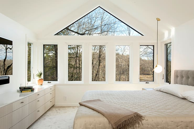 Dutchess County Residence, Amenia, NY:  Bedroom by BILLINKOFF ARCHITECTURE PLLC