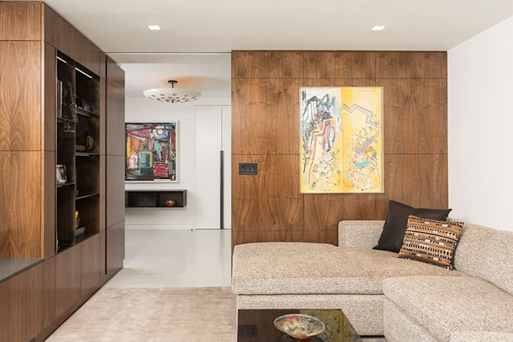 East 69th Street Apartment, NYC:  Media room by BILLINKOFF ARCHITECTURE PLLC