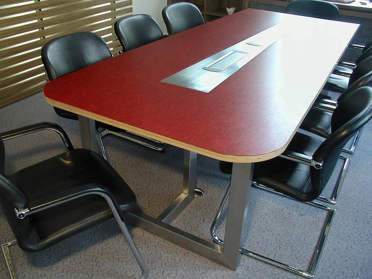 Konferenztisch:  Arbeitszimmer von Reinhard Rotthaus