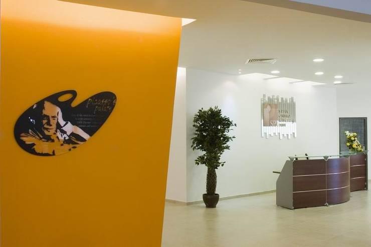 Reception :  Schools by Studio - Architect Rajesh Patel Consultants P. Ltd ,Modern