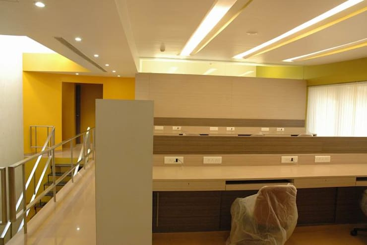 Office Space by Studio - Architect Rajesh Patel Consultants P. Ltd Modern