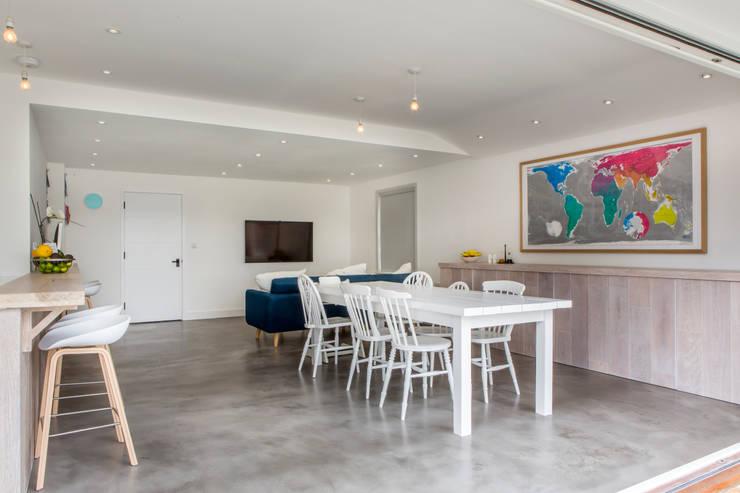 Ruang Makan oleh HollandGreen, Modern