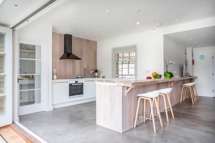 Dapur oleh HollandGreen, Modern