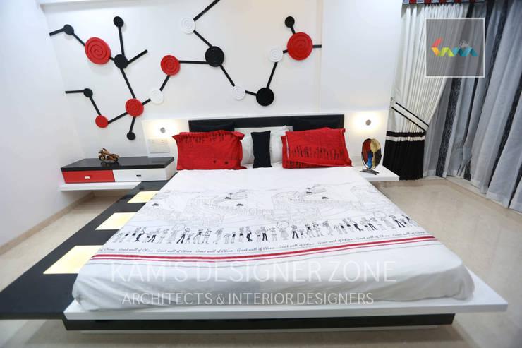 Bedroom Interior Design:  Bedroom by KAM'S DESIGNER ZONE