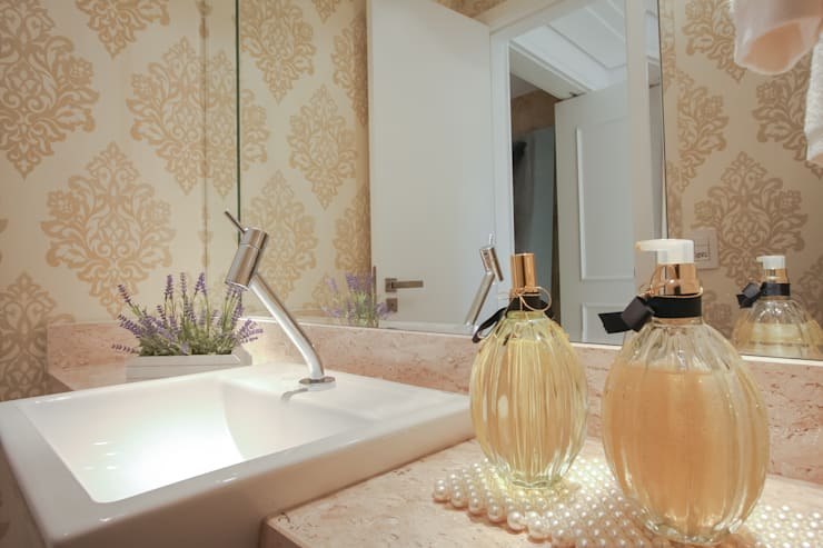 Baños de estilo moderno por Factus Arquitetura Planejamento Interiores