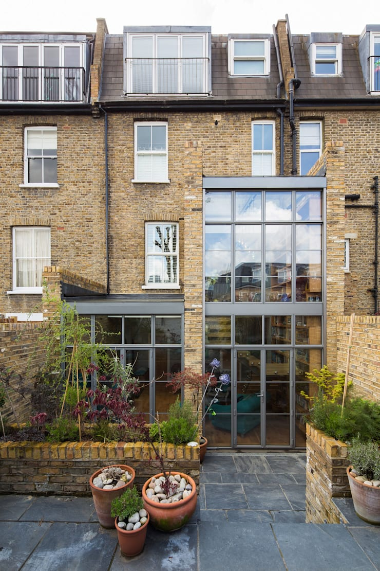 Double height crittall style extension Eclectic style houses by HollandGreen Eclectic