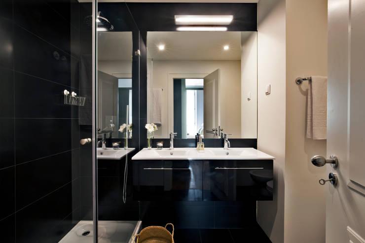 Baños de estilo  por Pureza Magalhães, Arquitectura e Design de Interiores