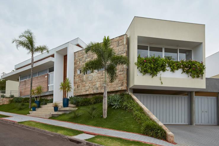 Nhà by grupo pr | arquitetura e design
