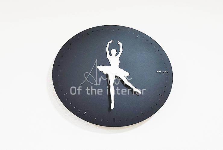 깔끔하고 럭셔리한  무용 댄스 학원 인테리어 : 디자인 아버의  서재 & 사무실,
